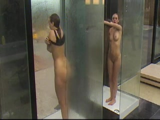 douche-sexy-fille-belge-nue