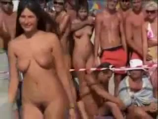 Jeunes nudistes familles photos websites - jeunefilles