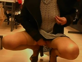 exhibition-magasin-plug-anal-piercing