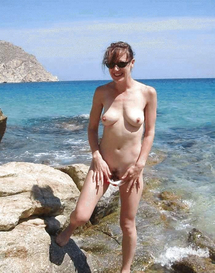 st thomas beach nude